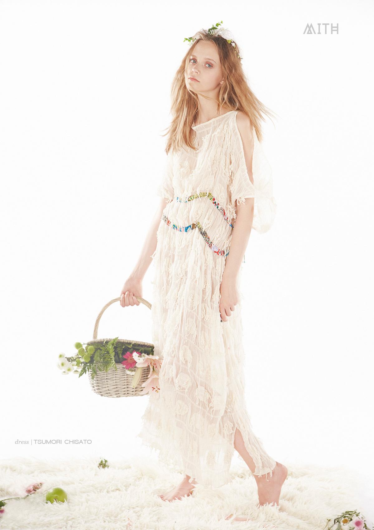 Dress: Tsumori Chisato